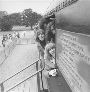 Grateful Dead at the San Francisco Zoo 1966