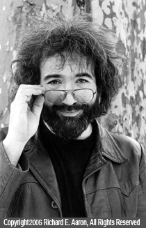 Grateful Dead photos - Jerry in Central Park