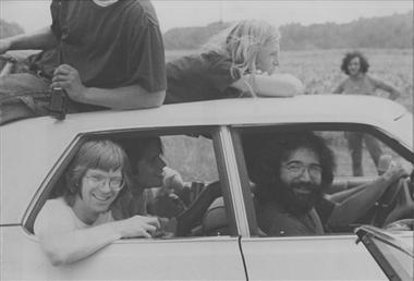 Grateful Dead photos - on the way to Watkin's Glen