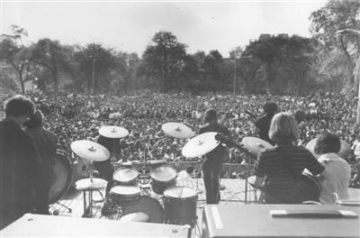 The Grateful Dead on stage 5-5-68.