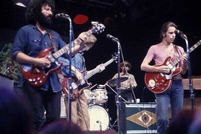 A group shot of the Grateful Dead circa 1972